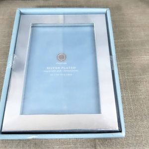 Engravable 5 x 7 Silver Plated Picture Frame-NWT